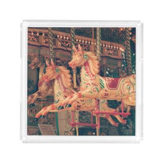 Vintage Rummelplatz-Karussell-Pferde Acryl Tablett