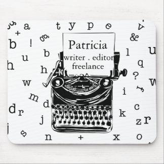 Vintage Schreibmaschine mit Typografie-Buchstaben Mousepad