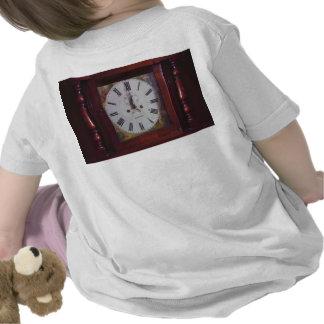 Vintage Schweizer Tangrenze Entwurf der Wand-Uhr Shirts