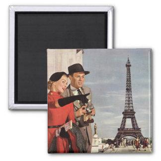 Vintage Touristen, die in Turm Paris Eiffel reisen Quadratischer Magnet