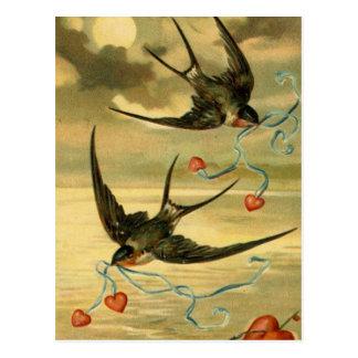 Vintage Valentine-Scheunen-Schwalben mit Herzen Postkarte