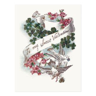 Vintage Valentine-Tauben, Klee und Blumen Postkarte
