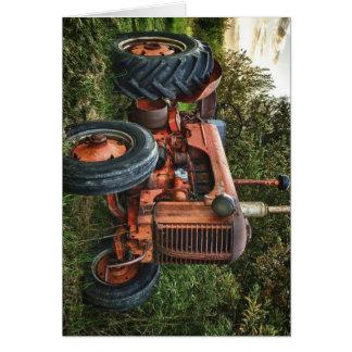 Vintager alter roter Traktor Karte