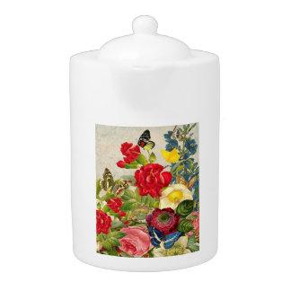Vintager Blumen-Blumenstrauß mit Schmetterlingen