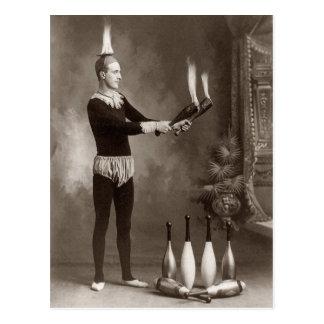 Vintager Feuer-Jongleur Postkarte