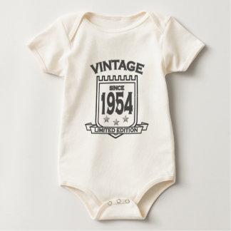 Vintager Geburtstagesbegrenztes T-Shirt 1954 .png