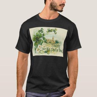 Vintager Kleeblatt-Kirchen-Dorf-St Patrick Tag C T-Shirt