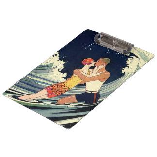 Vintager Kunst-Deko-Liebhaber-Kuss in den Wellen