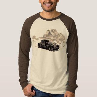 """VINTAGER LANDSCHAFTLICHER BERG "" T-Shirt"