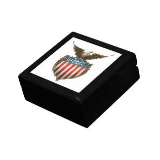 Vintager patriotischer, kahler Adler mit Schmuckschachtel