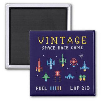 Vintager Raum-Videospiel Quadratischer Magnet