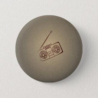 Vintager Retro Audiokassettenrecorder. Antikes Runder Button 5,7 Cm