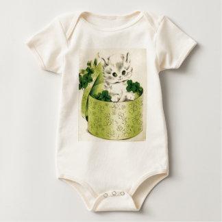 Vintager Retro Kätzchen-Heiligen Patrick Tag Baby Strampler