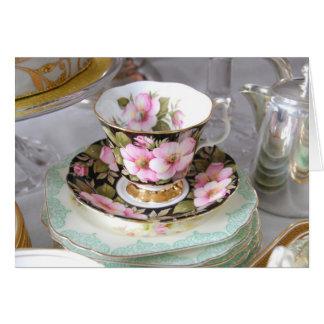 Vintager rosa und schwarzer Teacup und Saucer Karte