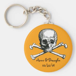 Vintager Schädel u. Knochen-kundenspezifische Schlüsselanhänger