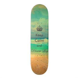 Vintager Strand behalten großes Zitat der Ruhe Bedrucktes Skateboard