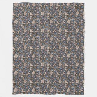 Vintager Textilentwurf Williams Morris Evenlode Fleecedecke