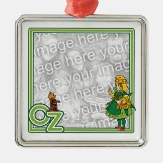 Vintager Zauberer von Oz; Dorothy und Toto Quadratisches Silberfarbenes Ornament