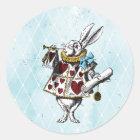 Vintages Alice im Wunderland-Kaninchen Runder Aufkleber