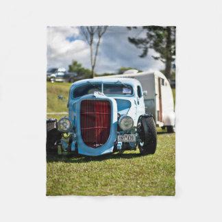 Vintages altes antikes Fahrzeug und Camper Fleecedecke