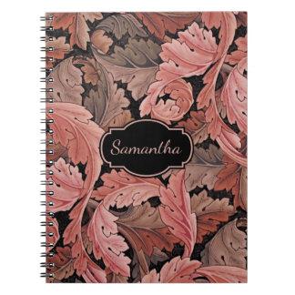 Vintages Blumenacanthus-Muster mit Monogramm Spiral Notizblock