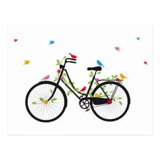 Vintages Fahrrad mit Blumen und Vögeln Postkarte