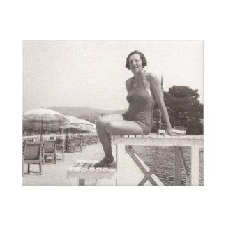 Vintages Foto der Frau in Cannes im Jahre 1930 s Leinwanddruck