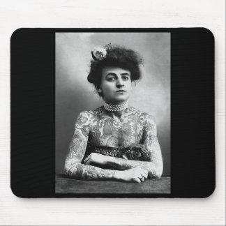 Vintages Foto der tätowierten Frauen-Mausunterlage Mousepad