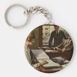 Vintages Geschäftstreffen, Büro mit Schlüsselanhänger
