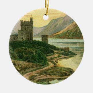 Vintages Gruß-Schloss-Kleeblatt St. Patricks Tages Rundes Keramik Ornament