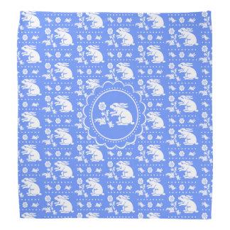 Vintages Häschen-Kaninchen mit Blumen-Blau und Kopftücher