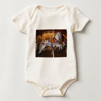 Vintages Karussell-Pferd 001 01 Baby Strampler