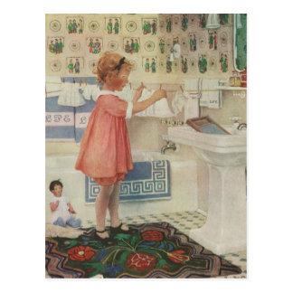 Vintages Mädchen, Kind, das Wäscherei-hängende Postkarte