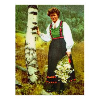 Vintages Norwegen, Dame mit Blumen Postkarte