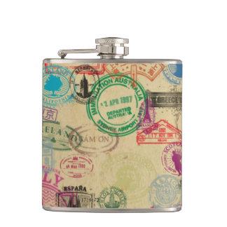Vintages Pass-Briefmarken-Vinyl eingewickelte Flachmann