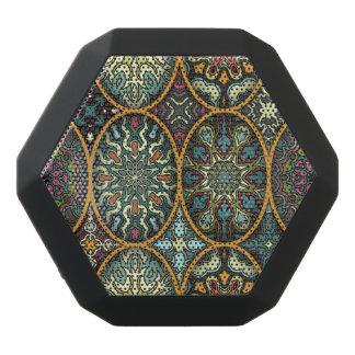 Vintages Patchwork mit Blumenmandalaelementen Schwarze Bluetooth Lautsprecher
