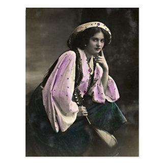 Vintages Porträt eines Sinti und Roma-Mädchens Postkarte