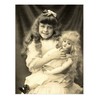 Vintages Porträt-junges Mädchen mit Puppe Postkarten