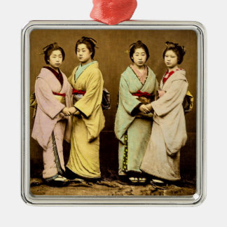 Vintages Porträt von vier Geisha altes Japan Quadratisches Silberfarbenes Ornament