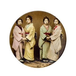 Vintages Porträt von vier Geisha altes Japan Teller