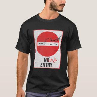 Vintages rostiges Zeichen kein Eintritt Ninja nur T-Shirt
