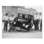Vintages schwarzes u. weißes gebrochenes Auto-Wrac Kunst Fotos