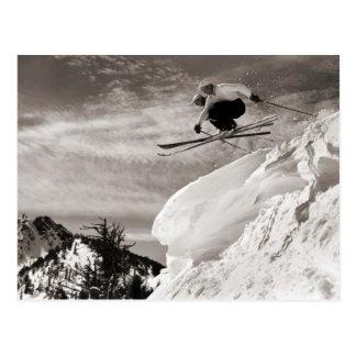 Vintages Skibild, zusammen springend Postkarte