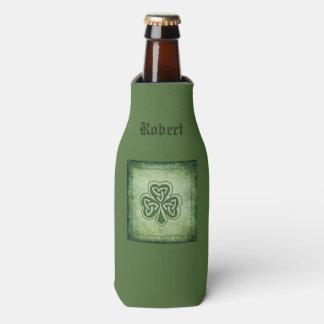 Vintages trendy grundge Iren-Kleeblatt Flaschenkühler