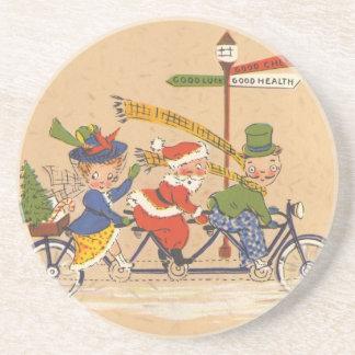 Vintages Weihnachten, Weihnachtsmann, der ein Getränke Untersetzer
