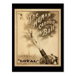 Vintages Zirkus-Plakat-menschlicher Canon-Ball Postkarte