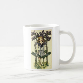 violett kaffeetasse