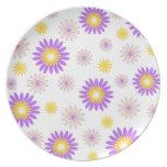 Violette gelbe Blumen Flacher Teller