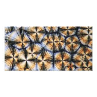Vitamin Ckristalle unter dem Mikroskop Foto Karten