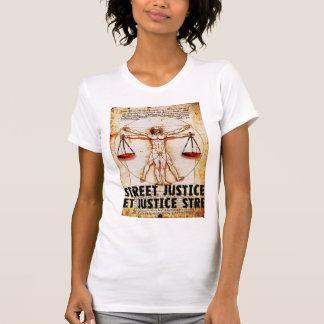 Vitruvian Mann durch Straßen-Gerechtigkeit T-Shirt
